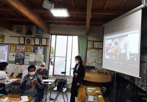 講習会は「新横浜新聞」や「横浜日吉新聞」を運営する一般社団法人地域インターネット新聞社(箕輪町2)が担当した(4月14日)